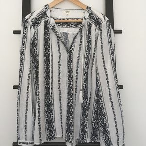Striped Patterned Split-Neck Boho Tunic Tassels
